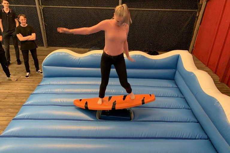 surfer-bund-ny-02